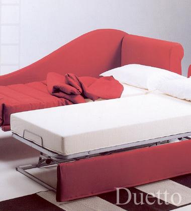 Richiedei salotti tappezzeria di pi progettazione e realizzazione di letti letti imbottiti - Divano letto duetto ...